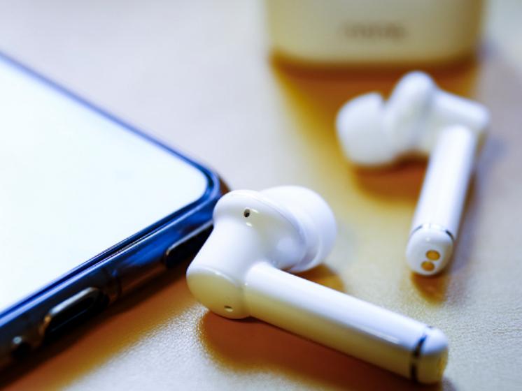 主动降噪耳机 带自动降噪效果的蓝牙耳机推荐
