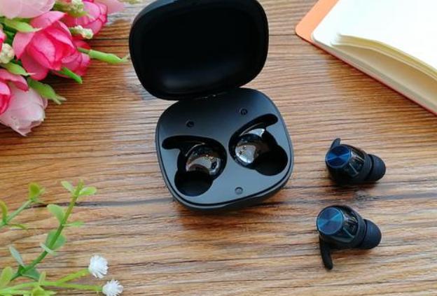 蓝牙耳机平价推荐,500以内音质最好的蓝牙耳机